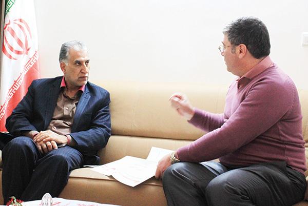 مدیرکل دامپزشکی البرز در دیدار با سرپرست روزنامه ایران در استان   صنعت دامداری البرز در کشور مشابه ندارد