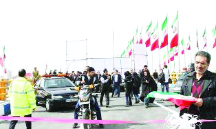 با حضور شهردار و نماینده کرج در مجلس شورای اسلامی مکمل پل «سوم خرداد» به بهرهبرداری رسید