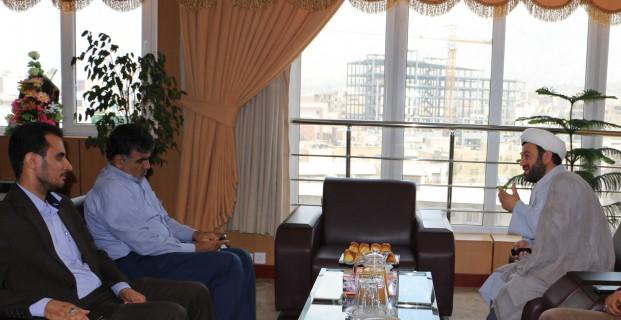 در نشست مدیرکل بانک مهر اقتصاد استان البرز  با نماینده بسیج طلاب مطرح شد پرداخت وام برای حل مشکلات مردم  از بهترین عبادتهاست